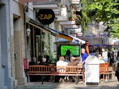 Fußball-Spaß beim Public Viewing in der Seelingstraße