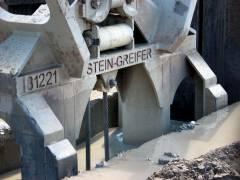 """Neubau des Abwasserpumpwerks Charlottenburg - Der """"Stein-Greifer"""" greift ein"""