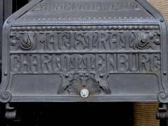 Briefkasten vor dem Rathaus Charlottenburg