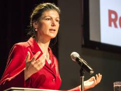 Sahra Wagenknecht auf der Rosa-Luxemburg-Konferenz / Foto © Frank Wecker