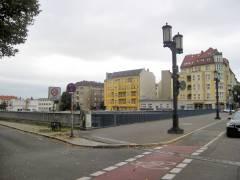 Blick vom Kaiserdamm über A 100 und Ringbahn auf die Saldernstraße in ihrer heutigen ganzen Länge