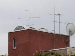 Satelliten-Kopfstation im Kiez