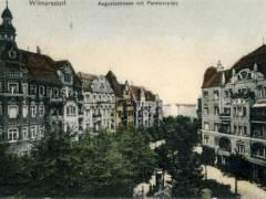Blissestraße um 1900, Blick Richtung Berliner Staße; das Savoy entstand 1957 anstelle des zweiten Gebäudes von links. Foto Sammlung Eggert