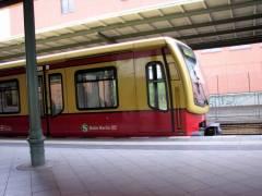 Los gehts - Abfahrt der Ringbahn