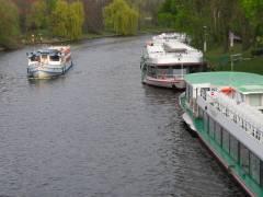 Schiff-Anlegestelle an der Schloßbrücke