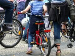 Fahrrad-Kundgebung der Schloßpark-Ini