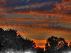 Abendhimmel über dem Schloßpark Charlottenburg