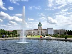 Schloßpark Charlottenburg mit sanierter Brunnenanlage
