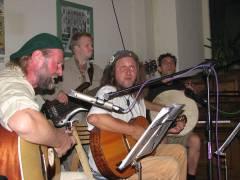 Kiezer Musiker heizen ein