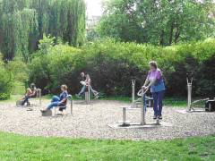 Pressefoto Bezirksamt Charlottenburg-Wilmersdorf / Seniorensport am Lietzensee