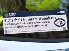 Die Berliner Polizei rät zur Aufmerksamkeit und Nachbarschaftshilfe