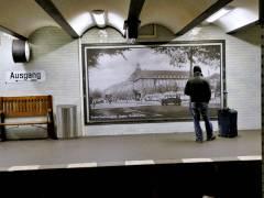 Historisches Foto im U-Bahnhof Sophie-Charlotte-Platz