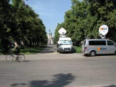 Übertragungswagen in der Schloßstraße