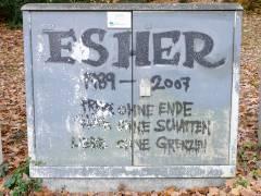 Verteilerkasten-Graffiti auf dem Friedhof Heerstraße