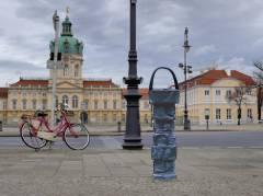 Trinkbrunnen vor dem Schloß Charlottenburg