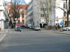 Verkehrssperrung an der Schloßstraße in die Wulfsheinstraße