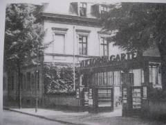 Eingang zum Victoria-Garten, ca. 1930 / Foto anonym