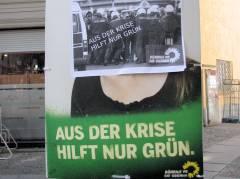 Verunstaltete Wahlplakate im Kiez