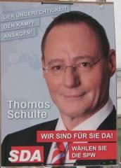 Wahlplakat als Ausstattung für Filmaufnahmen in der Nehringstraße (Februar 2014)