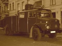 68er Wasserwerfer bei Filmaufnahmen in der Nehringstraße (Oktober 2013)