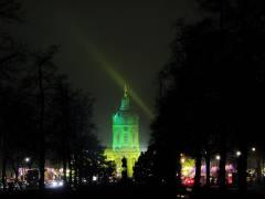 Blick auf das Schloß Charlottenburg mit dem Weihnachtsmarkt