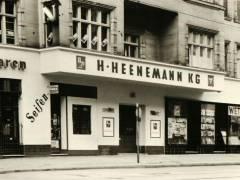 Uhlandstraße 102 um 1955 / Foto Firmenarchiv der Druckerei Heenemann