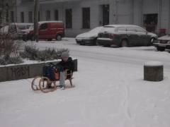 Winter im Kiez - mit dem Schlitten zur Schule, das könnte ruhig so bleiben