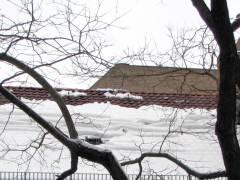 Haus mit Schneedach