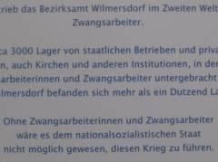 Provisorische Gedenktafel in der Wilhelmsaue 40